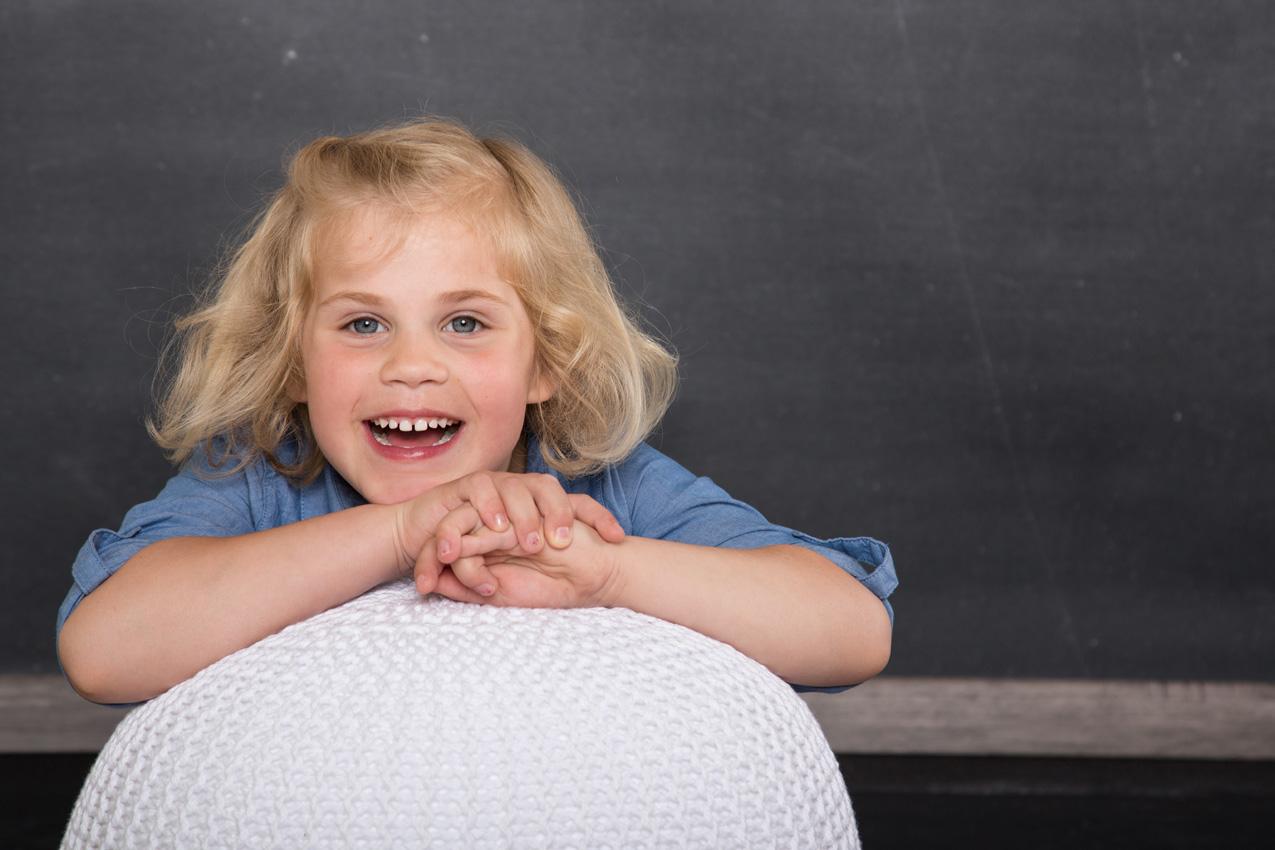 Kindergartenfotografie im modernen Look vom professionellen Fotografen für den Kindergarten.